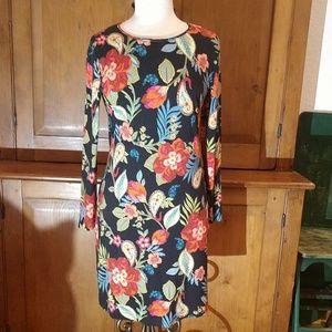 ❤️Wardrobe Goals HP ❤️ Sara Campbell Floral Dress